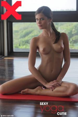 Caprice in Sexy Yoga Cutie